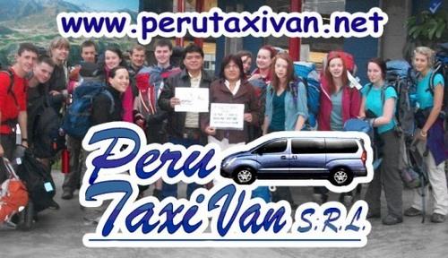 VAN TAXI SRL PERU Gustavo und Paula