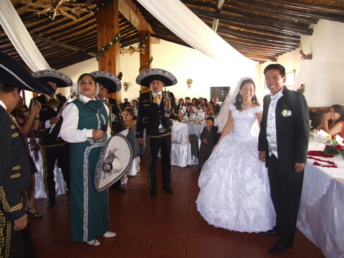 Mariachis en Trujillo Pisco y Tequila, Celebración de Matrimonios