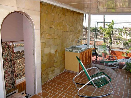 Incluimos en la Suite una terraza de 40m2 con las vistas mas espectacu