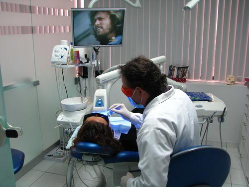 Teeth Whitening em uma hora