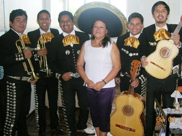 mariachis at the tip, window, stone bridge, santa rosa, ancon