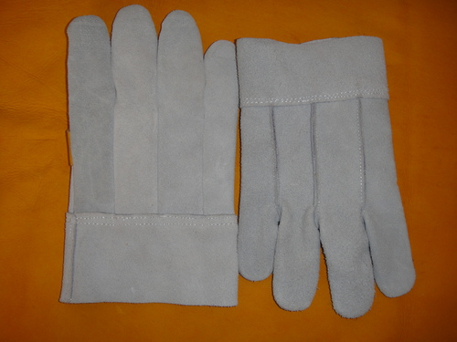 Back Material Gloves First and Intermediate Material