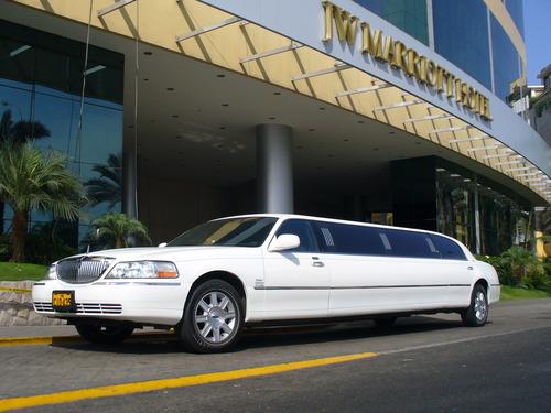 limousine rent peru