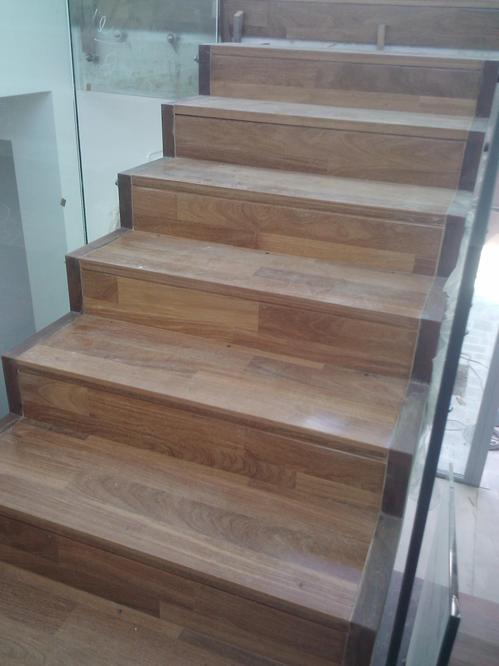 Revestimientos de escaleras con madera