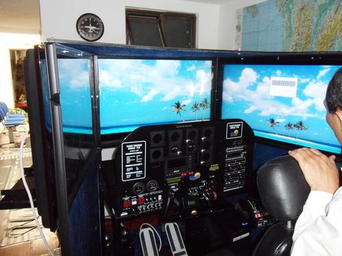 Seneca flight simulator aerosky