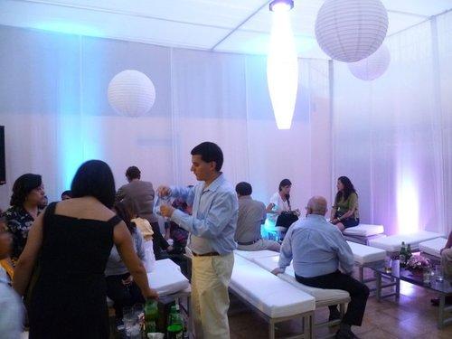 Decoracion de lamparas chinas con leds / Eventos Jorge Blas