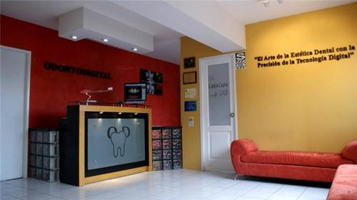 DENTAL Büro in Lima