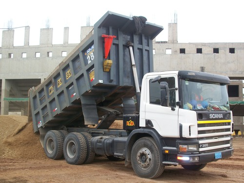 Volquete Scania de 18M3