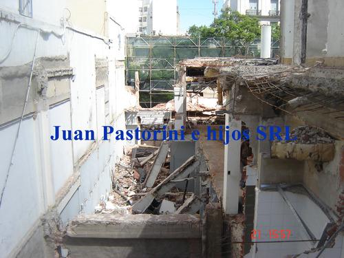 Demolición en pleno microcentro porteño