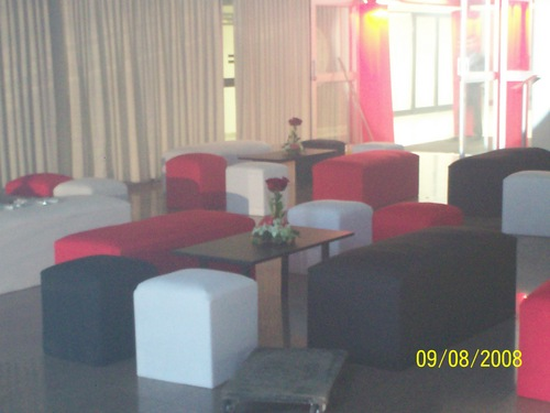 rooms lounge 15 years, red black and cream