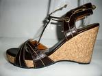 Damesschoenen van leer sandaal met kurk bekleed platform