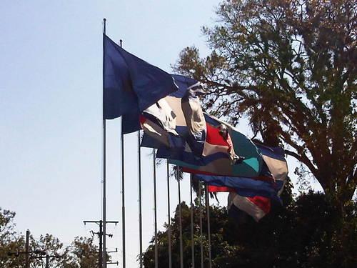 bandera de exterior hasta 3mts.x5mts.