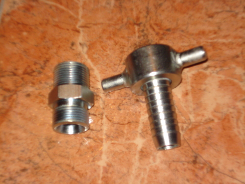 Quick couplings for pneumatic hammers