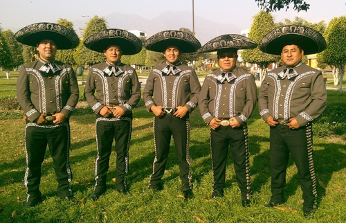 Mariachi Real de Mexico by Carlos Ramos at the Victoria