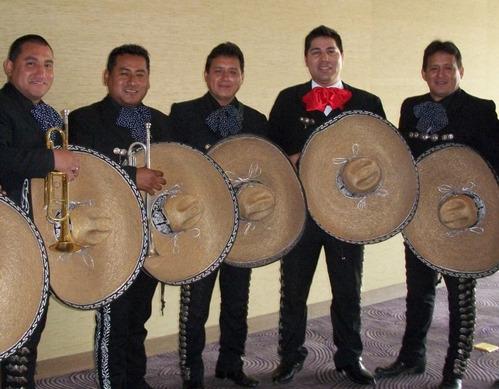 Mariachis en el Cono Norte - Real de Mexico