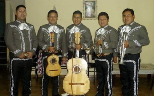 Mariachis in Peru Mariachi Real de Mexico-A1