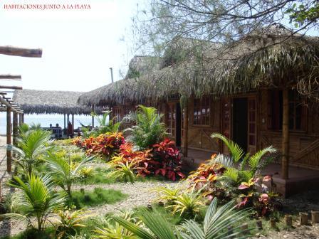 habitaciones junto a la playa con aire acondicionado