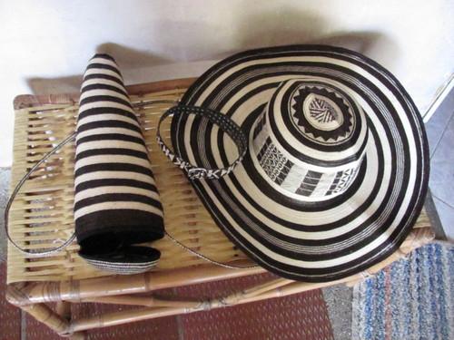 Sombreros 19 y 21 vueltas