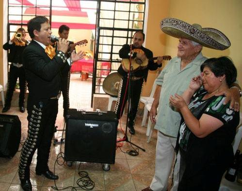 Peruaner in Lima Callao Mariachis-Mariachi Real de Mexico