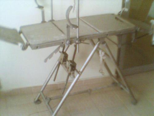 Tragbaren Tisch CHIRURGIE