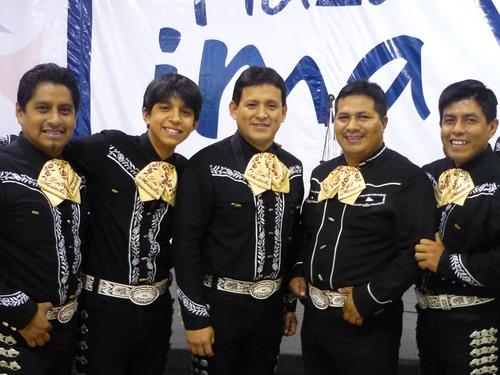 Mariachis en La Victoria - Mariachi Sones de México