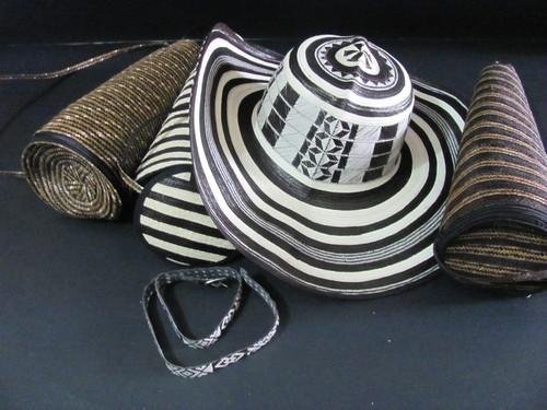 sombreros vueltiaos+ estuche