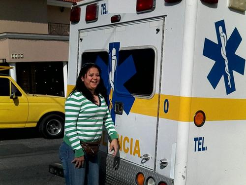 ambulancia de terapia intensiva