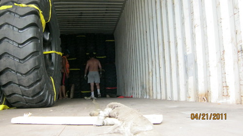 llanta para mineria y construccion aro 45 otr importador peru negosac