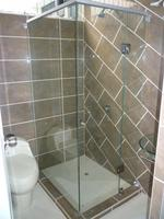 TUB SHOWER DOOR (WARM)