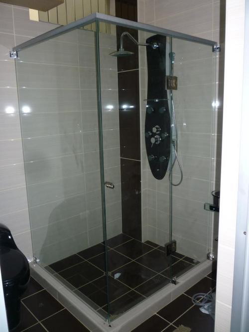 TUB SHOWER DOOR (WARM)