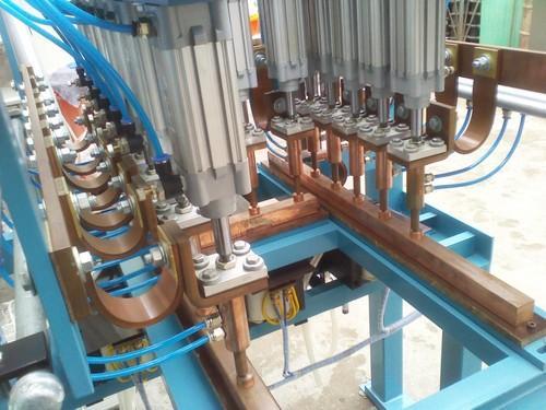 Maquina Soldadora Multipunto Electrica-Neumatica Controlada con PLC