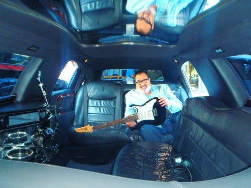 Jorge Lanata dentro de la limusina