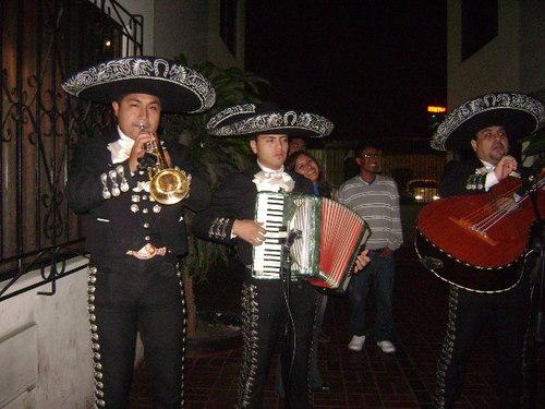 Mariachis Comas - Charros de Comas - Comas mariachis