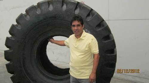 Llanta Perú O.T.R. Negosac 29.5 x25 - Sr. Juan Zegarra Carbajal