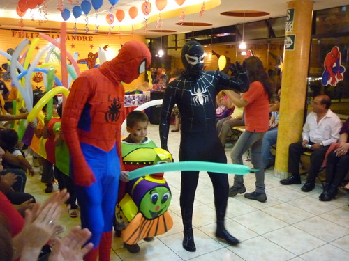 SPIDER MAN SHOW SHOW WITH WASHERS