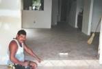Keramische Boden -Installation in 18 X 18 .
