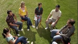 tratamiento ambulatorio a jóvenes con problemas de (drogas)