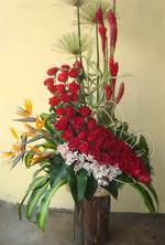 beautiful arrangements for mothers day