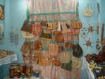 artesanía con gran variedad en viñales cuba