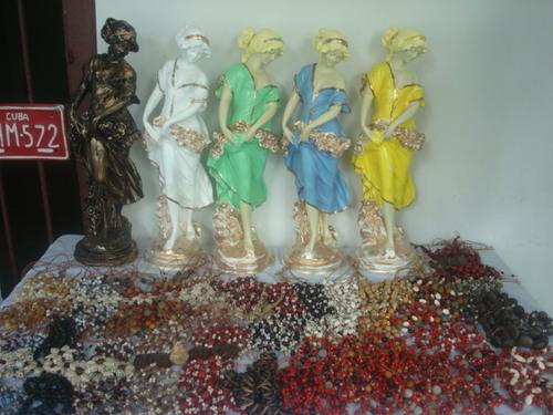 Tienda de artesanía en viñales pinar del rio cuba