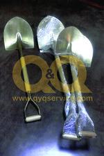 Pala bronze acendendo
