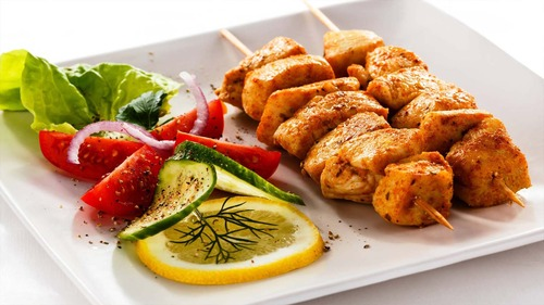 Brochetas de pollo plus