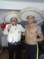 Mariachis en LimaLos Elegantes Aquí el CharroAmador con Yaco