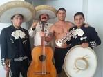 Mariachis en Lima Perú T:2761089Los Elegantes con Yaco Eskenazi