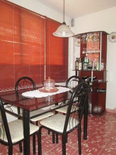 restaurant/bar en casa hostal bayamo, cuba