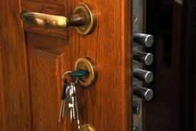 apertura puertas de seguridad