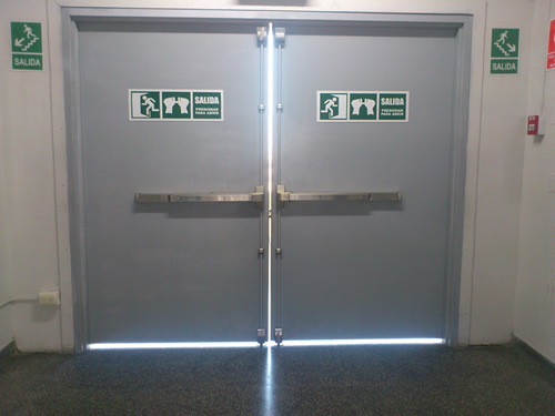 Anti pánico chapas fallebas para puertas blindadas y de aluminio.