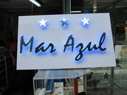 Letras en acero y aluminio con LED