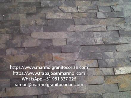 Piedra talamoye, piedra laja, piedra granítica en el piso redondo