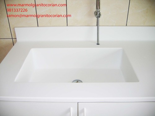 lavadero con poza de corian